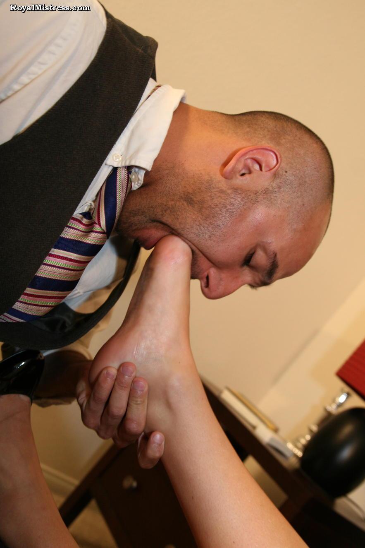 Foot fetish mistress forum